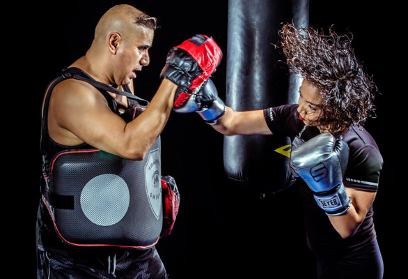 Join kickboxing classes